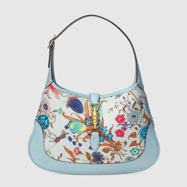 グッチから、花々が踊り咲くフローラ プリントの日本限定バッグ&レザーグッズ