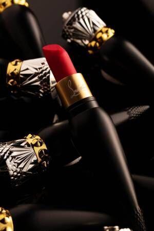 クリスチャン ルブタンのリップカラー「ベルベットマット」にレッド系新色5種