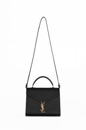 サンローランから新作2WAYバッグ「カサンドラ」シグネチャーロゴをクロージャーに採用