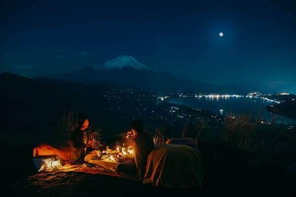富士山麓の景色を月明かりの中楽しむ「富士ムーンライトトレッキング」星のや富士で開催