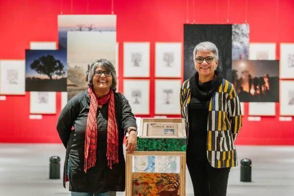 展覧会「世界を変える美しい本 インド・タラブックスの挑戦」京都・福岡で、民俗芸術を伝える本などを紹介