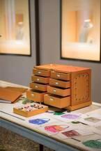 ブルガリ バッグのメイド・トゥ・オーダー、多彩なカラーレザーや「スネークヘッド」をカスタマイズ