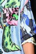"""マルニから""""恐竜""""や""""妖精""""をプリントしたTシャツ&ドレス、ブルーノ・ボゼットとコラボ"""