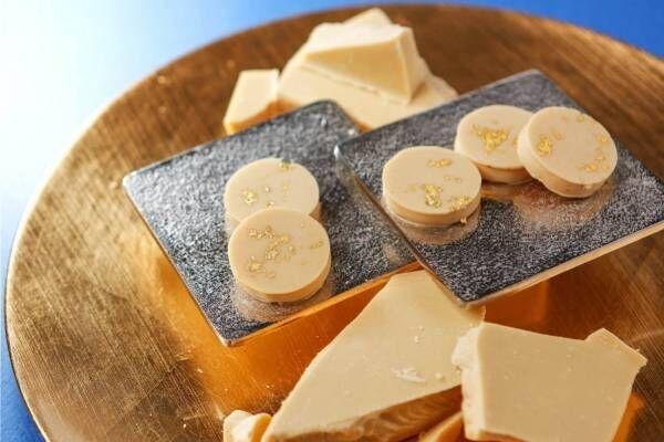 世界初ホワイトチョコレート専門ビーントゥーバー「ショコラティエ パレ ド オール ブラン」青山に誕生