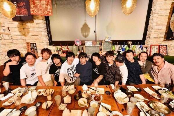 アジカン&エルレ&テナーの対バンライブ「ナナイロエレクトリックツアー」大阪・愛知・神奈川で開催