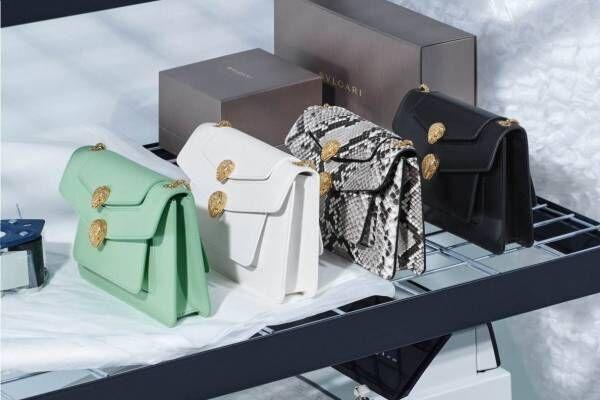 アレキサンダー ワン×ブルガリ「セルペンティ」スネークヘッドを配したベルトバッグなど