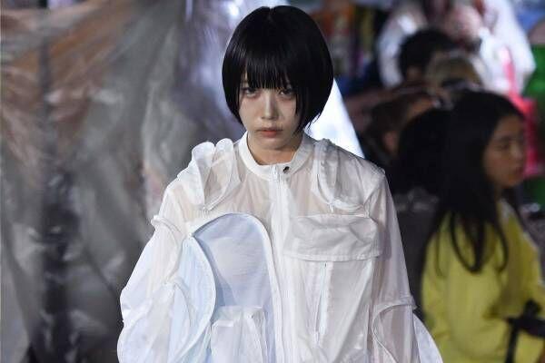 """ミキオサカベ 2020春夏コレクション - """"スニーカー""""を主役にしたコーディネート"""