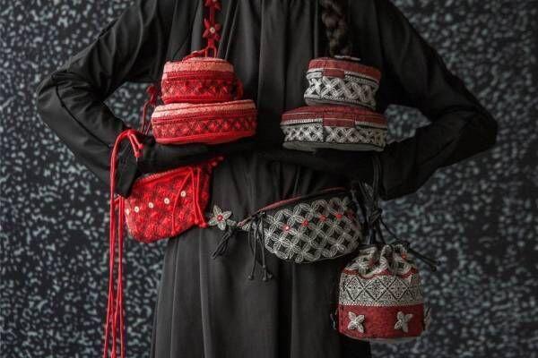 """HaaTからクリスマスを彩る""""花&ミラー刺繍""""バッグ、ジャカード織りのカーディガンやパンツも"""