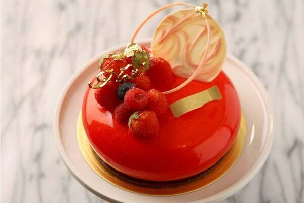 ジョエル・ロブションのクリスマスケーキ、苺×フランボワーズやハート型ホワイトチョコムース
