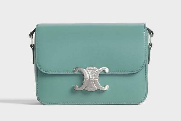 セリーヌ「トリオンフ」の新作バッグ、柔らかなテラコッタ&セラドンのカラーで