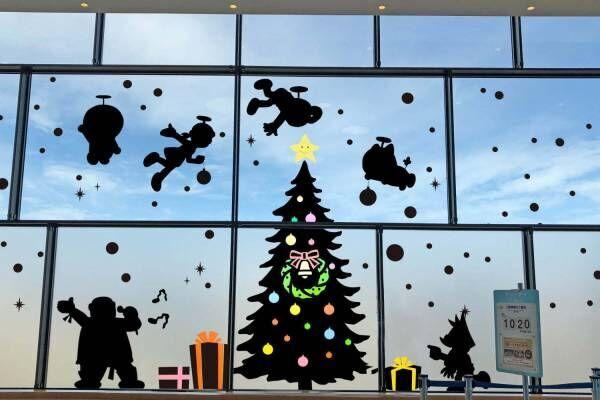 「藤子・F・不二雄ミュージアムのクリスマス」ドラえもんイメージのツリーなど、限定フードやグッズも