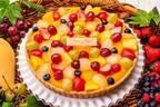 キル フェ ボンのクリスマス限定タルト、8種フルーツタルトや苺×チーズムースのショートケーキ風タルト