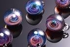 宇宙を閉じ込めたガラスアート「宇宙ガラス」の展示&販売、大阪・枚方T-SITEで開催