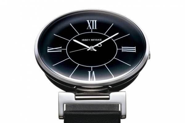 イッセイ ミヤケ ウオッチの新作腕時計「U(ユー)」曲面処理を施したガラス&文字盤、和田智がデザイン