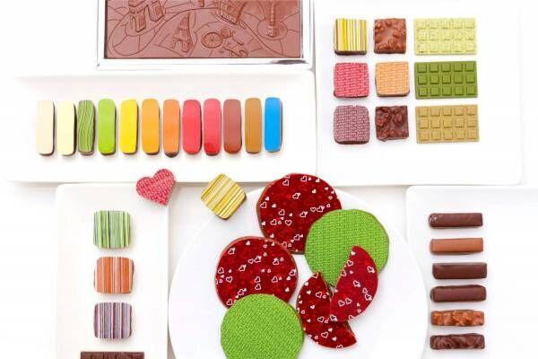 サダハル・アオキのバレンタイン、受賞チョコを詰め合わせた新作ショコラアソートやハートのケーキ
