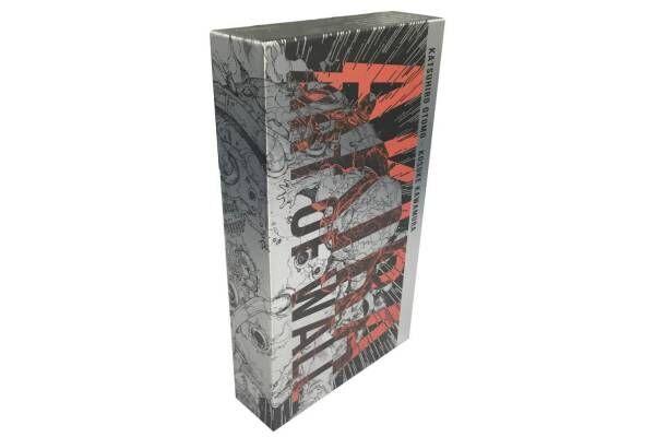 大友克洋×河村康輔のアートブック『AKIRA ART OF WALL』が一般発売