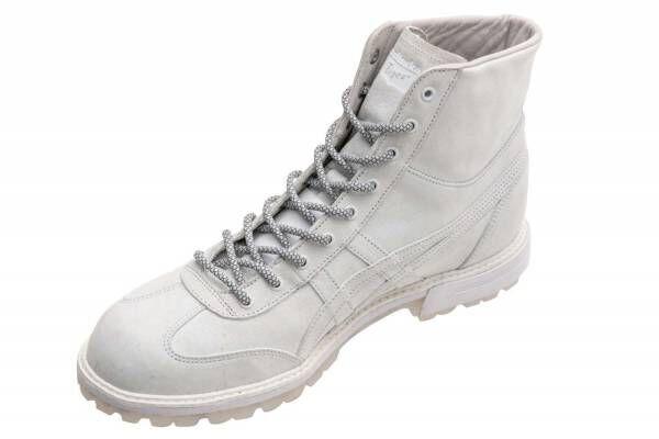 オニツカタイガー×山下智久、フィールドブーツ着想「リンカン ブーツ」純白の1足をユニセックスで