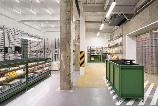 フライターグが京都・烏丸御池に新店舗 - 約1,100点のリサイクルバッグ、DIYサービスも
