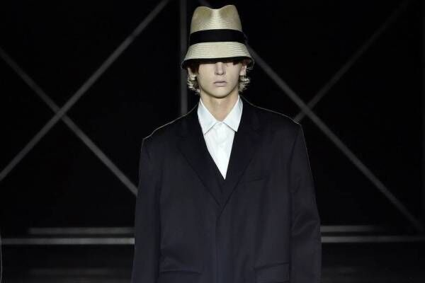 フミト ガンリュウのスーツ - Aラインのチェスターコートやテーラードジャケット、ボンタンパンツも