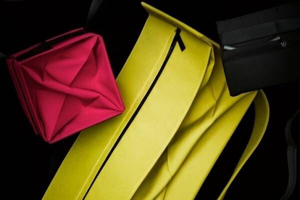 """グッド グッズ イッセイ ミヤケ""""提灯""""着想の折り畳めるバッグ、新型""""四角ショルダー""""など"""