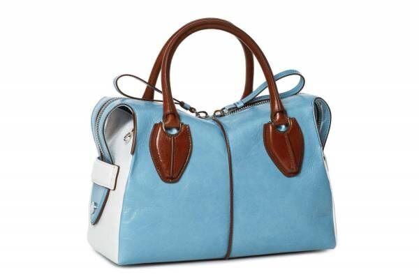 トッズの新旗艦店が銀座に、スカイブルー×ブラウンの「D スタイリング」バッグなど限定発売