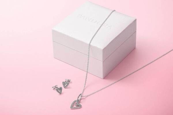 パンドラのバレンタインジュエリー、シルバーのハート型ネックレス&ピアスのギフトセットなど