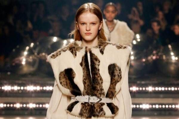 イザベル マラン2020年秋冬コレクション - 自信に満ちた、パワフルな女性像
