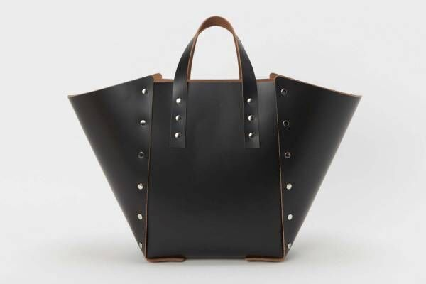 エンダースキーマの新作、プラモデルのように組み立てる「アッセンブル」バッグ&財布など