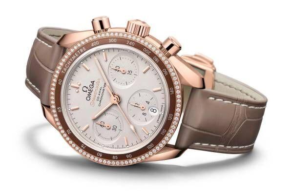オメガのユニセックス腕時計「スピードマスター」フルゴールドケースの新作が登場