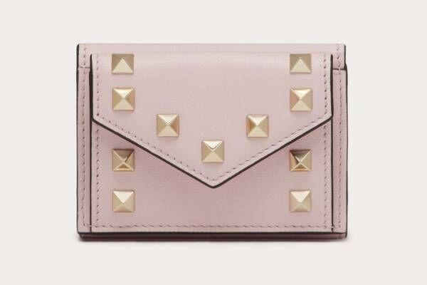 ヴァレンティノ ガラヴァーニのレディース財布、スタッズ輝くミニ財布&チェーン付きロングウォレット