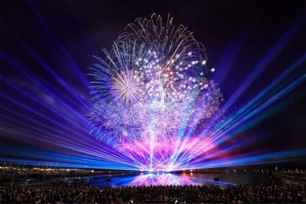 ハウステンボス「九州一花火大会」光や音楽を融合した九州最大級2.2万発の花火