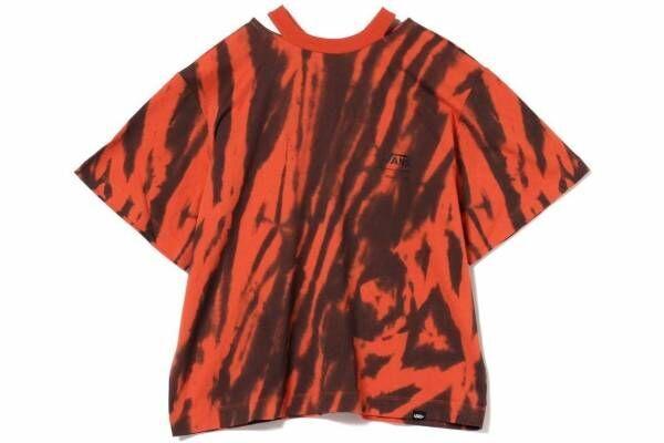 """トーガ×VANSが初コラボ、""""タイダイ""""ロゴのスタッズ付きTシャツ&ワンピースがビームスに"""