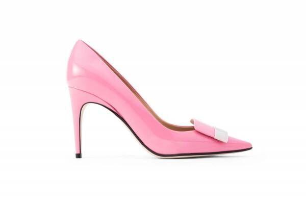 """セルジオ ロッシ「sr1」パンプス&スリッパに新色""""キャンディ ピンク""""、シルバープレートを配して"""