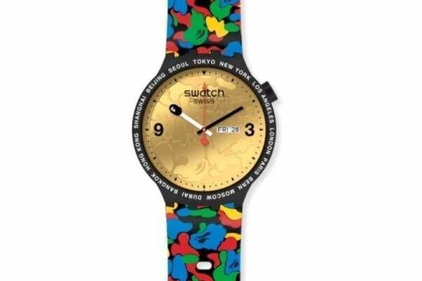 スウォッチ×ベイプのコラボ腕時計、金・銀・銅の文字盤&カモ柄ベルト