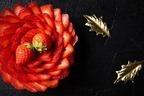 """ヒルトン東京お台場のクリスマスケーキ2020、大粒苺""""とちあいか""""の贅沢タルトなど"""