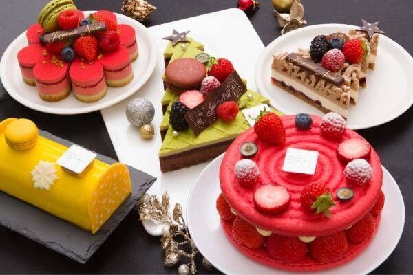 サダハル・アオキのクリスマス2020、ピスタチオ×ショコラのモミの木型ケーキ&イチゴのマカロンケーキ