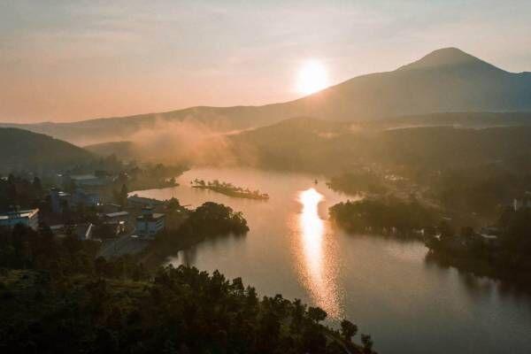 野外イベント「湖畔の時間」長野・白樺湖で - 焚火やサウナ、音楽ライブを水辺で楽しむ