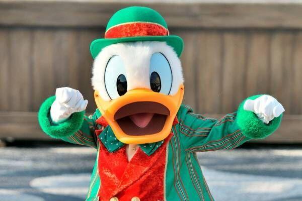 東京ディズニーランド&シー、パレードやパーク装飾がクリスマス仕様に - 限定グッズ販売も