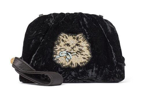 """ケイト・スペード20年クリスマスの新作バッグ、""""おめかしキャット""""のクラッチバッグなど"""