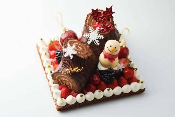 横浜ロイヤルパークホテルのクリスマスケーキ2020、雪だるま&雪の結晶を飾ったブッシュドノエルなど