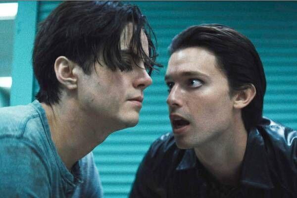 """スリラー映画『ダニエル』""""空想上の親友""""が誘う狂気と耽美の世界、ハリウッド二世俳優がタッグ"""