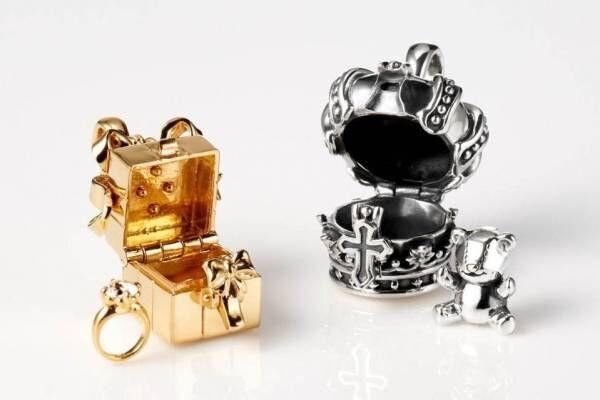 ジャスティン デイビス 王冠&ボックスモチーフのネックレス、中からベアやリングが出てくる仕掛けつき