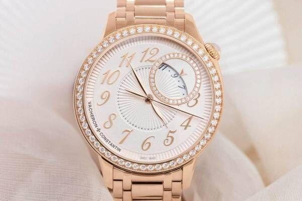 ヴァシュロン・コンスタンタンのレディース腕時計「エジェリー」新作、文字盤にプリーツ模様を施して