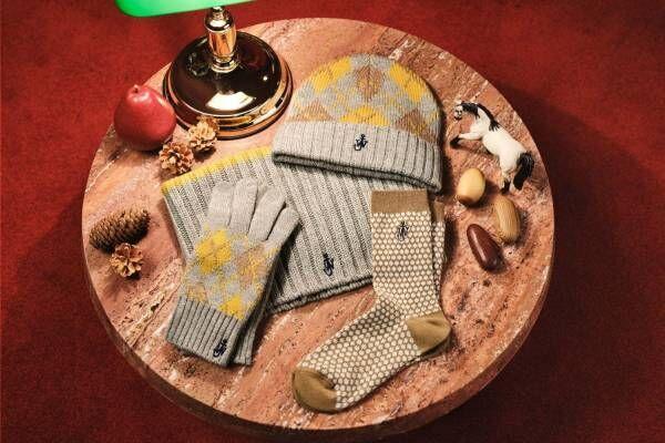 ユニクロ×ジェイ ダブリュー アンダーソン初のクリスマスアイテム、英国風ヒートテック素材の冬小物