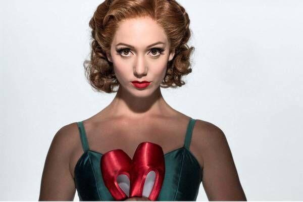 映画『マシュー・ボーン IN CINEMA/赤い靴』愛と芸術を巡るバレエ舞台が、スクリーンへ