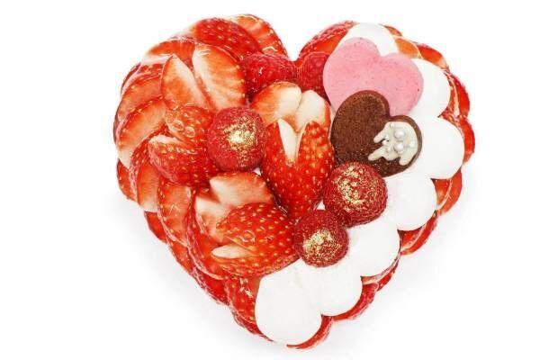 """カフェコムサ「恋みのり」いちごの""""ハート型""""バレンタインケーキ、甘酸っぱいラズベリームース使用"""