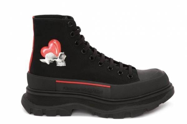 """アレキサンダー・マックイーンのバレンタイン、""""愛の象徴""""を配したスニーカー&iPhoneケース"""