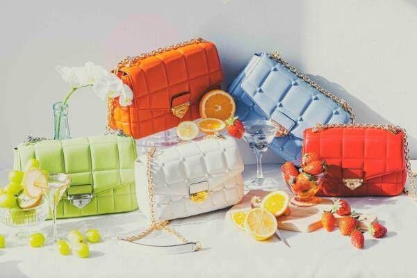 マイケル マイケル・コースのショルダーバッグ「ソーホー」オレンジやライムグリーン、淡いブルーの新作