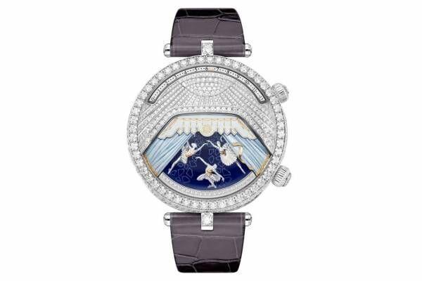 """ヴァン クリーフ&アーペル""""バレエ""""着想のジュエリーウォッチ、文字盤の幕が開くと音楽が鳴る腕時計"""