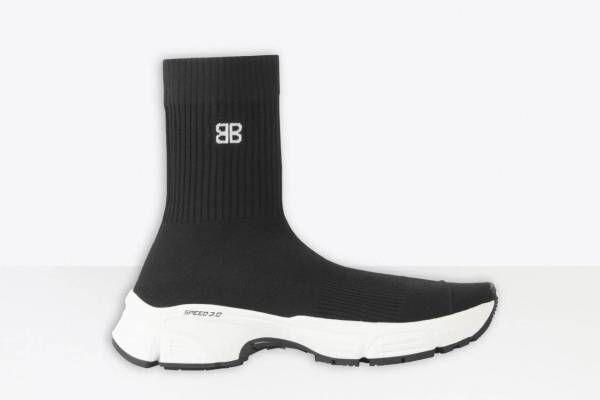 バレンシアガの新スニーカー「スピード 3.0」BBロゴ&軽量ソールのソックス風シューズ